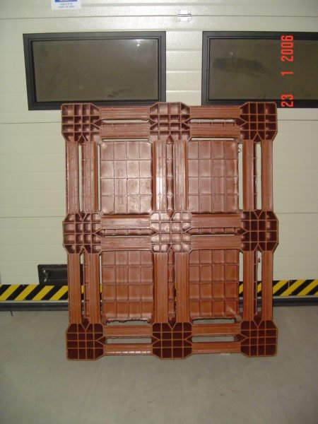 Käytetty muovinen kuormalava 1000x1200x170, 1000kg
